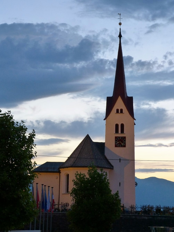 16 Kirche.jpg
