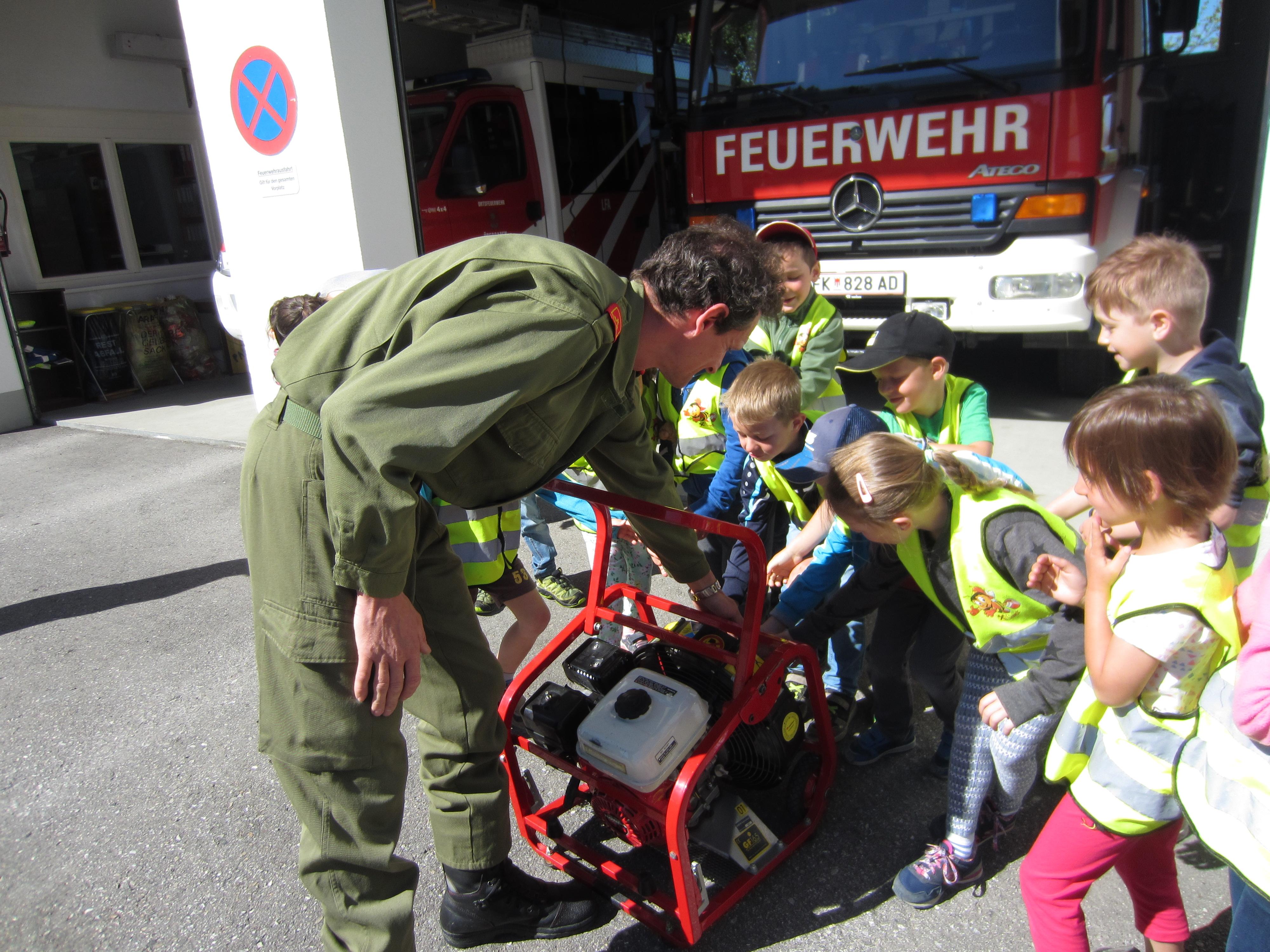 Exkursion Feuerwehr (13).JPG