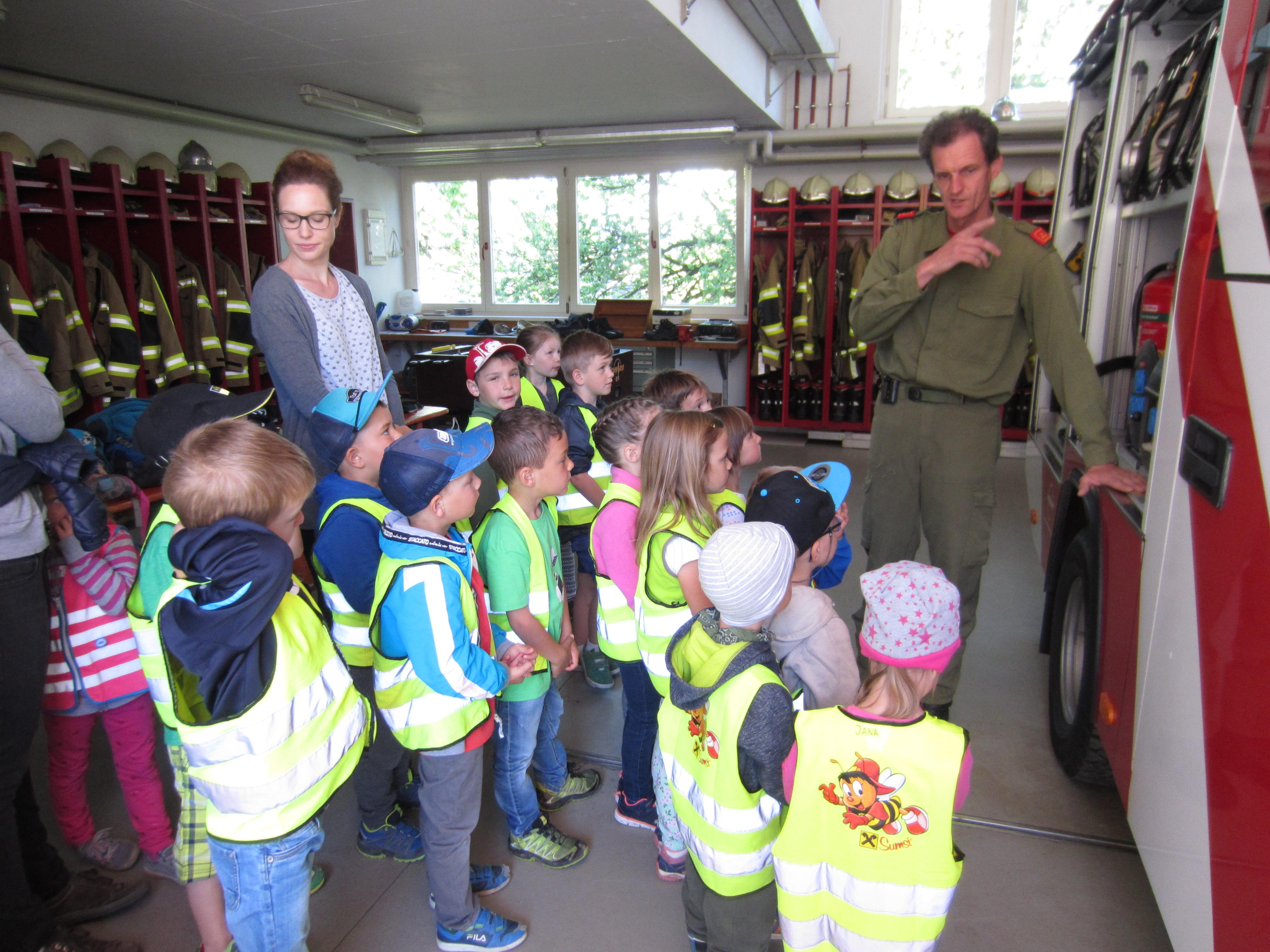 Exkursion Feuerwehr (8).JPG