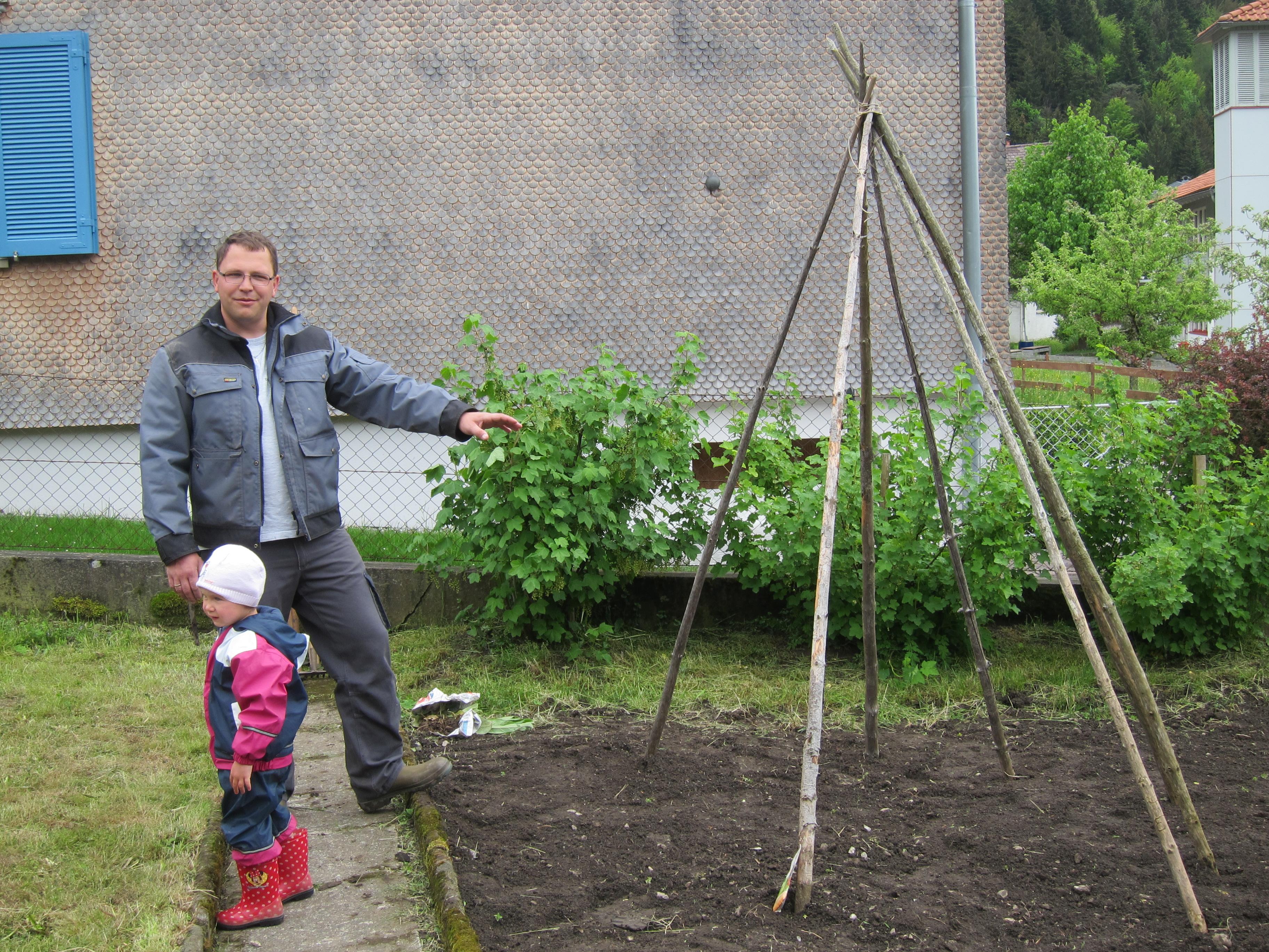 Garten pflanzen_Mai16 (3).JPG